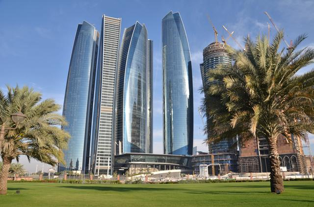 Vliegtijd Abu Dhabi