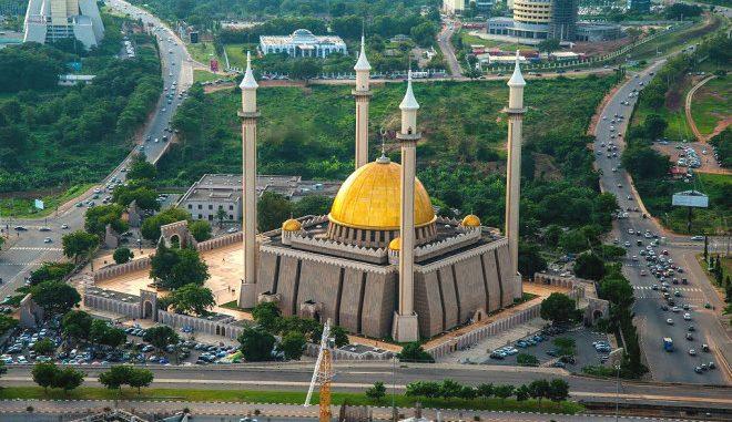 Vliegtijd Abuja