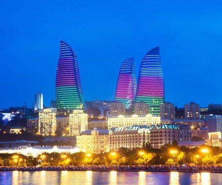 Vliegtijd Baku