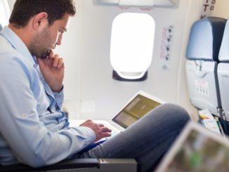 Vliegen met een laptop